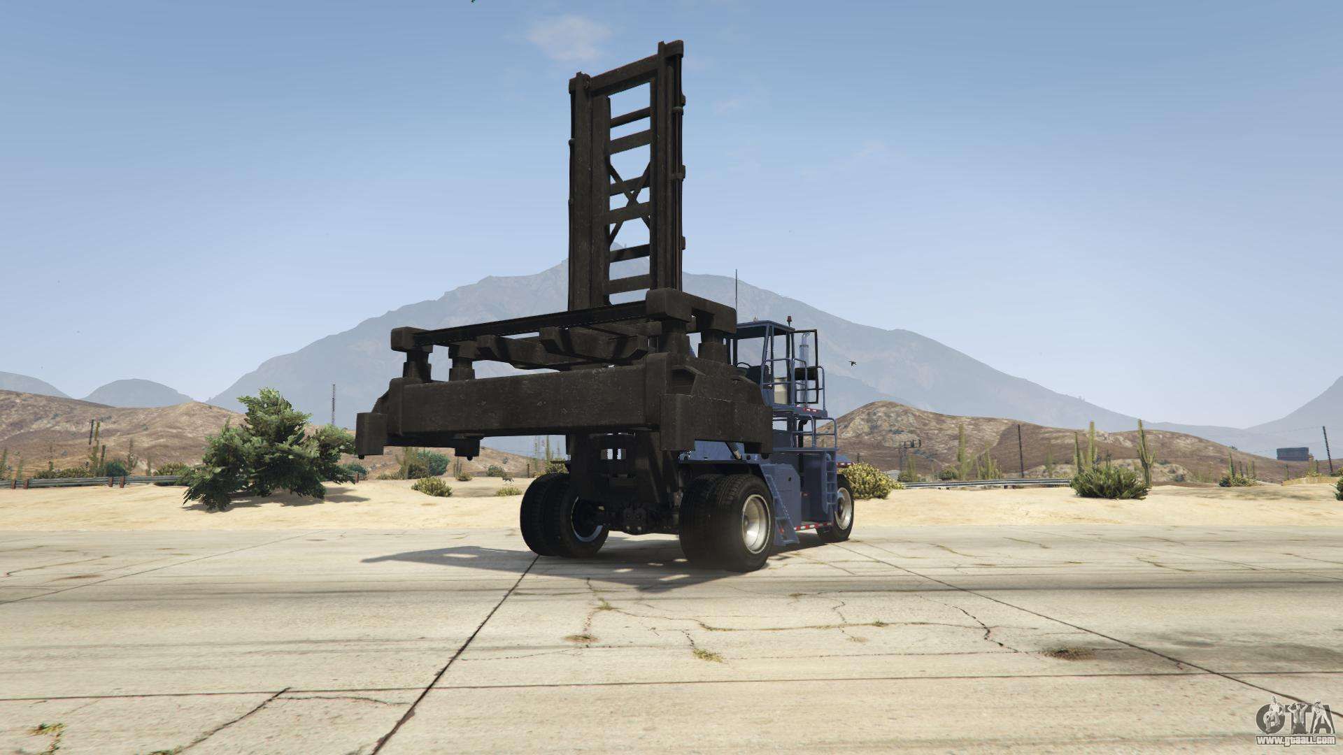 GTA 5 HVY Dock Handler - front view