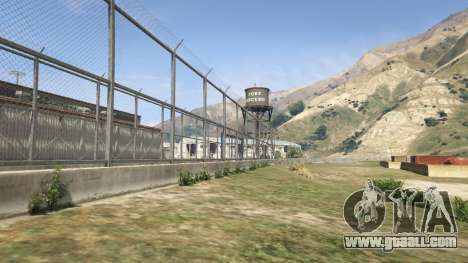The fence of the Fort Zancudo in GTA 5
