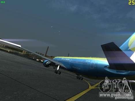 Boeing 767-300 AeroSvit Ukrainian Airlines for GTA San Andreas back left view