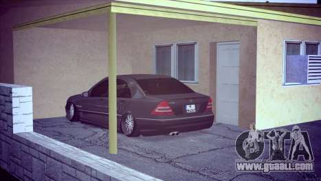 Mercedes-Benz C32 AMG for GTA San Andreas right view