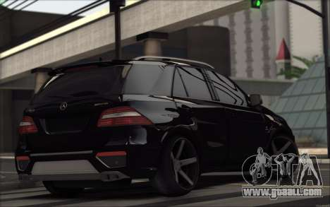 Mercedes-Benz ML63 AMG for GTA San Andreas right view