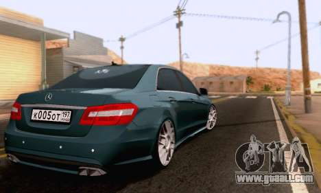 Mercedes-Benz E63 AMG for GTA San Andreas side view