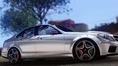 Mercedes-Benz C63 AMG 2013