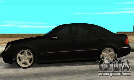 Mercedes-Benz E55 W211 AMG for GTA San Andreas left view