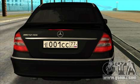 Mercedes-Benz E55 W211 AMG for GTA San Andreas right view
