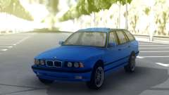 BMW M5 E34 Wagon Blue